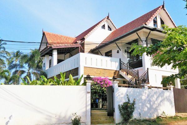 Rent Amintra Villa 5 Koh Lanta